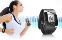 Features of fitness tracking watch